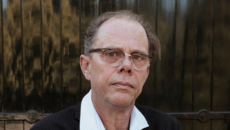 Frank Starik: 'Ik ga naar elke uitvaart toe, ook als het een andere dichter is die zijn gedicht voordraagt.' Beeld Maarten Schröder