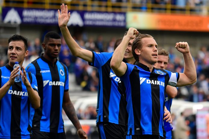 De 2-1-overwinning van Club Brugge tegen Anderlecht werd ontsierd door anti-Joodse gezangen bij een deel van de Club-aanhang.