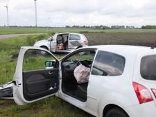 Auto's crashen in weiland bij Ommen na voorrangsfout