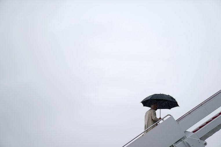 De Amerikaanse president Joe Biden zei twee jaar geleden nog een overgangspresident te willen zijn, nu moet hij de rol van crisispresident opnemen.  Beeld AP