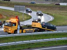 Automobilist rijdt tegen vangrail op A58 bij Middelburg
