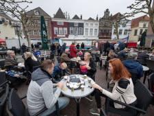 Gemeenten en horeca maken plannen voor het tijdelijk vergroten van terrassen