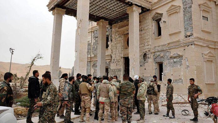 De Syrische regering wil de gedeeltelijk verwoeste historische stad Palmyra na de bevrijding op de terreurmilitie Islamitische Staat volledig reconstrueren.