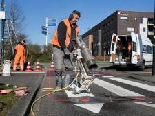 Led-lampjes in wegdek waarschuwen: kijk uit, er komt een fietser aan!