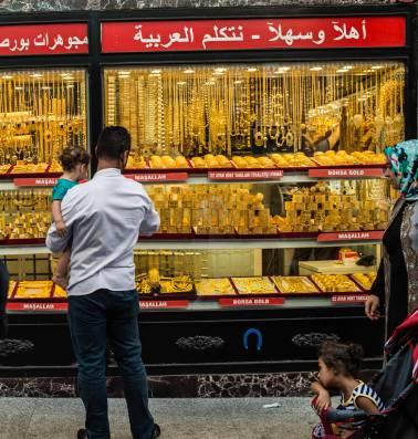 Als Erdogan het vraagt, verkopen zijn aanhangers hun goud