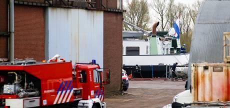 Brand aan boord van binnenvaartschip in Hardinxveld-Giessendam snel onder controle