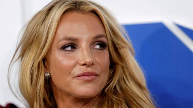 """Emotionele Britney Spears vraagt leven terug in de rechtbank: """"Ik mag mijn spiraaltje zelfs niet laten verwijderen"""""""