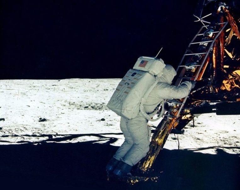 ... even later gevolgd door Buzz Aldrin. Beeld UNKNOWN