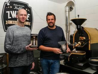 """Quinten (44) en Bart (43) lanceren alcoholvrije 'rum infused koffie': """"Experiment van twee jaar"""""""
