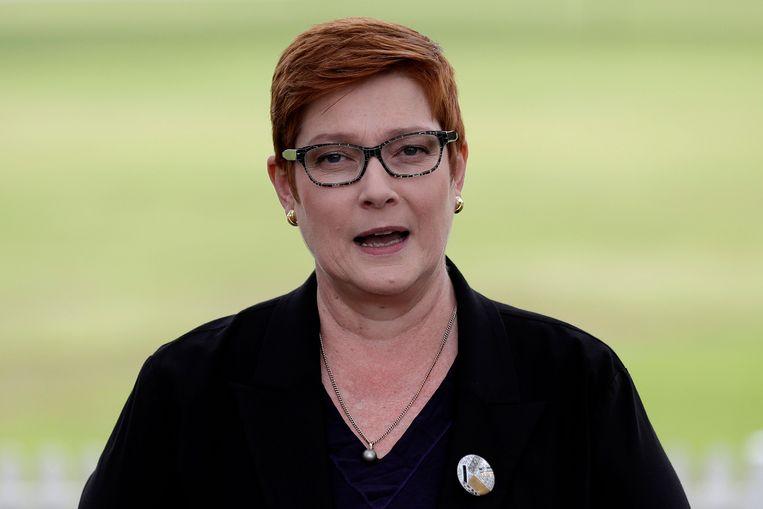 De Australische minister van Buitenlandse Zaken, Marise Payne, tijdens de bekendmaking over het stopzetten van de samenwerking met China voor de Zijderoute. Beeld AP