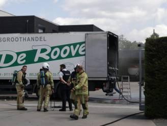 Arbeiders carrosseriebedrijf voorkomen erger door brandende vrachtwagen naar buiten te rijden