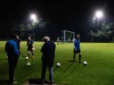 Volwassenen mogen na 15 maart met vier personen samen sporten