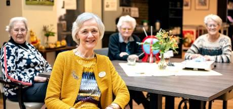 Na 20 jaar neemt bestuurder Irene (66) afscheid van 'haar' verzorgingstehuis: 'Ik vecht voor mijn bewoners'