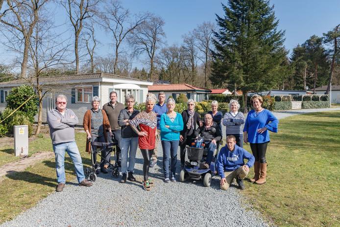 De bewoners op park IJsselheide in Hattemerbroek zijn boos over de dwangbevelen van de gemeente Oldebroek