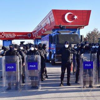 levenslang-voor-337-beklaagden-op-proces-over-mislukte-staatsgreep-in-turkije