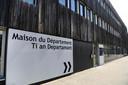Cette photo prise le 31 juillet 2021 à Lannion, dans l'ouest de la France, montre la Maison du département où Dewi, 8 ans, a été enlevé par son père la veille.