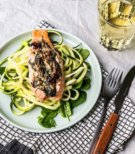 Wat Eten We Vandaag: Gevulde zalm met courgetti