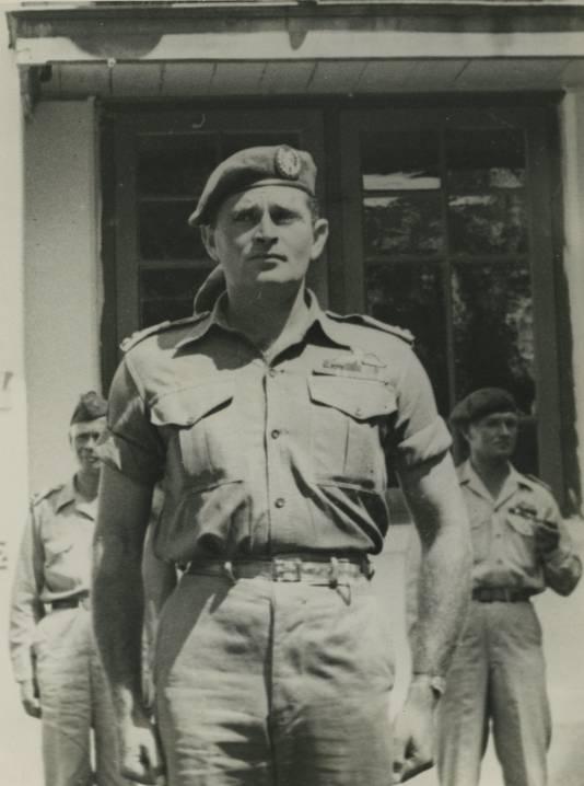 Kapitein Raymond Westerling van het Korps Speciale Troepen (KST) in voormalig Nederlands-Indië.