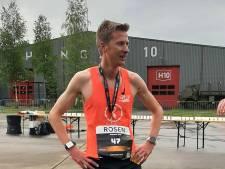 Dominic Bersee wint hardloopwedstrijd op vliegveld Twente