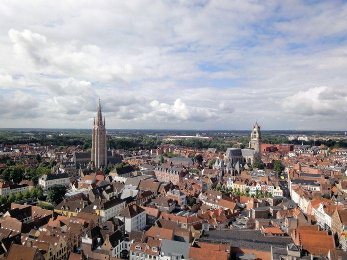 Een magnifiek uitzicht vanop het Belfort van Brugge: veel minder bezoekers konden er dit jaar al van genieten.