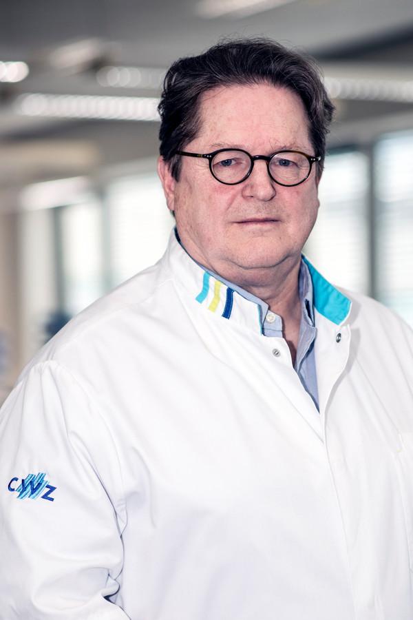 Hoogleraar infectiepreventie Andreas Voss.