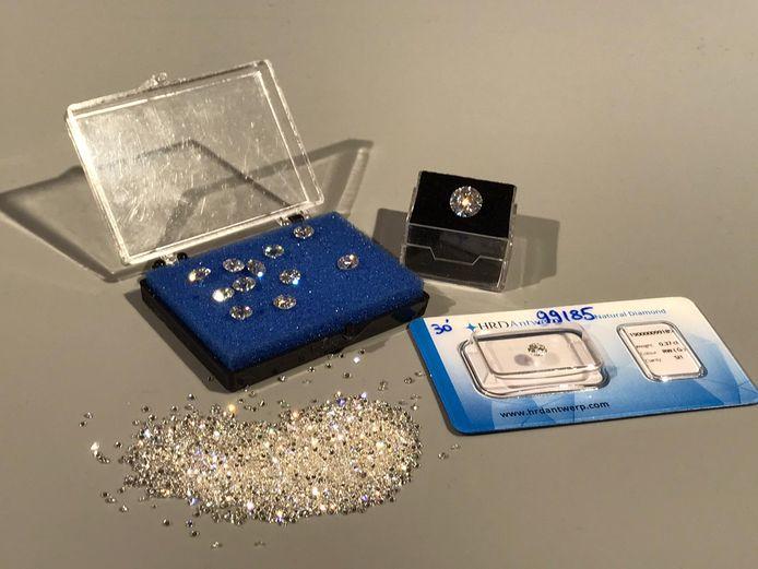 Veilinghuis Hammertime veilt voor een totaal aan 1 miljoen dollar diamanten