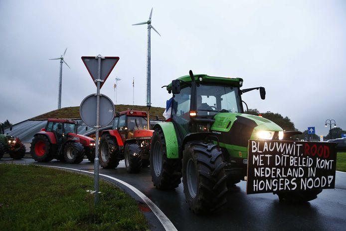 Protesterende boeren, vanmorgen in de buurt bij Hoogeveen.