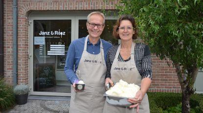 """IJsjeszaak 'Janz & Rooz' pakt uit met bijzondere specialiteit van het huis: """"IJs met saffraan uit eigen tuin"""""""