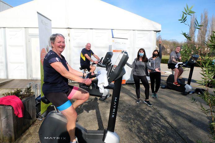 '10.000 km voor 10.000 levens' ging onder meer uit van Gym Tonic in Reet.