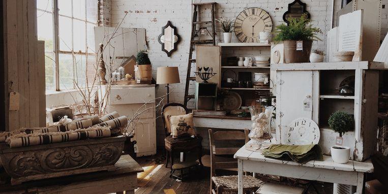 kringloopwinkel-decoraties-meubels.jpg