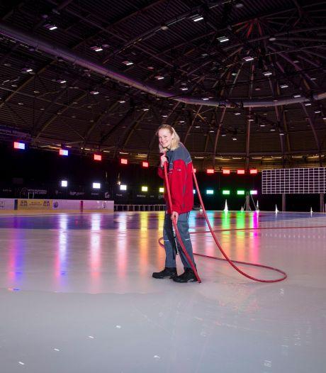 De ijsmeester voor WK shorttrack is een meisje van 18: 'Dit is niet per se een karwei voor mannen'