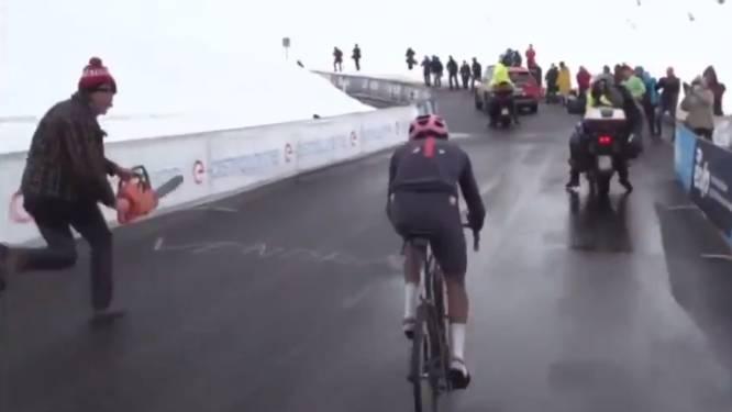 Even schrikken: fans moedigen Bernal op Passo Giau aan met een kettingzaag