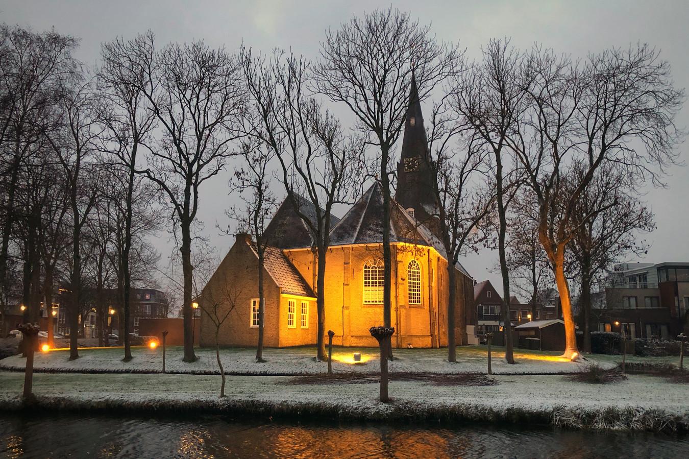 De dorpskerk in Zevenhuizen.