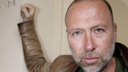 """Acteur Marc Van Eeghem zet chemo stop: """"Lichaam nu zo weerbaar mogelijk maken"""""""