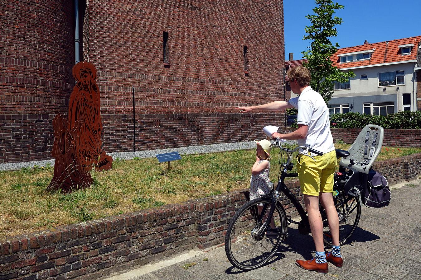 Maria Ommegang speurtocht met Pleun en haar vader.