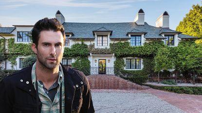 BINNENKIJKEN. Maroon 5-zanger Adam Levine zet zijn enorme villa te koop voor 41 miljoen euro