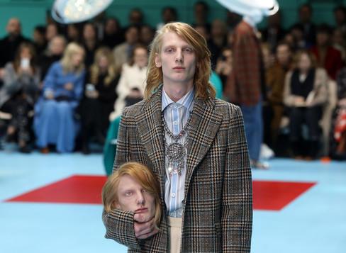 fotoreeks over De absurde show van Gucci op de Milanese Fashion Week