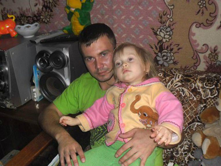 Andrey Anufriev met zijn 5-jarig dochtertje Milana