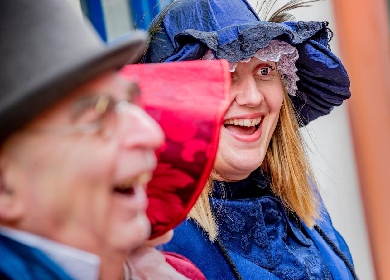 Het Dickens Festijn tovert bij iedereen een lach op het gezicht.
