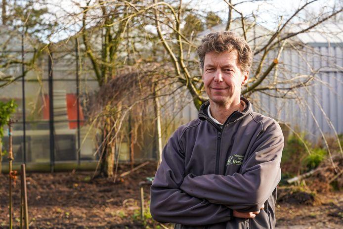 Moreno van den Broek pakt het tuincentrum aan.