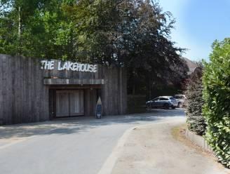Politie tikt The Lakehouse op de vingers voor overtreding coronamaatregelen