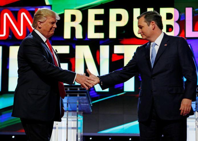President Donald Trump met senator Ted Cruz tijdens een debat onder Republikeinse kandidaten in 2016.
