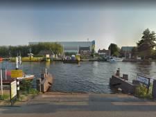 Pontraad eist veilige overgang naar Kaageiland na botsing tussen pont en binnenvaartschip