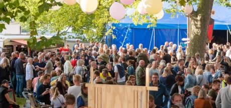 Schouder aan schouder in een Wijhese feesttent? Organisatie Wiejese Diekdaegen zet in op 'onbeperkt' dorpsfeest