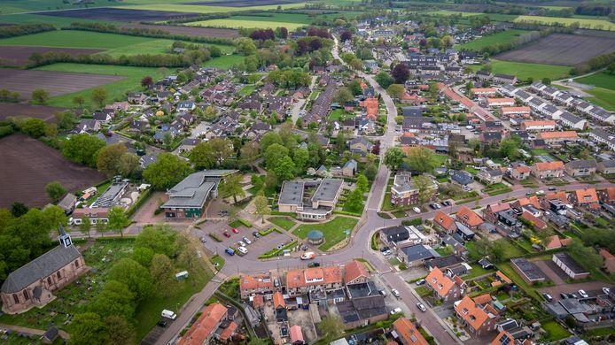 Inwoners van Steenwijkerwold willen graag dat er woningen worden gebouwd, onder meer om jongeren te behouden voor het dorp.