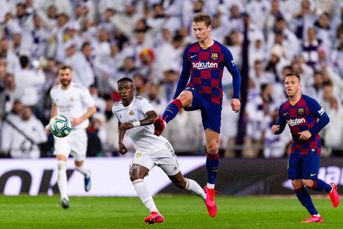 Frenkie de Jong in actie tegen Real Madrid op 1 maart.