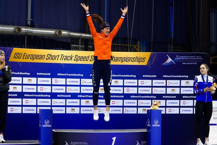 Suzanne Schulting op het hoogste podium. Ze won alleen de superfinale niet. Beeld BSR Agency