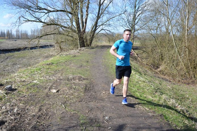 Jonathan Van Goethem loopt begin april 7 marathons in 1 week ten voordele van G-Sport Vlaanderen.