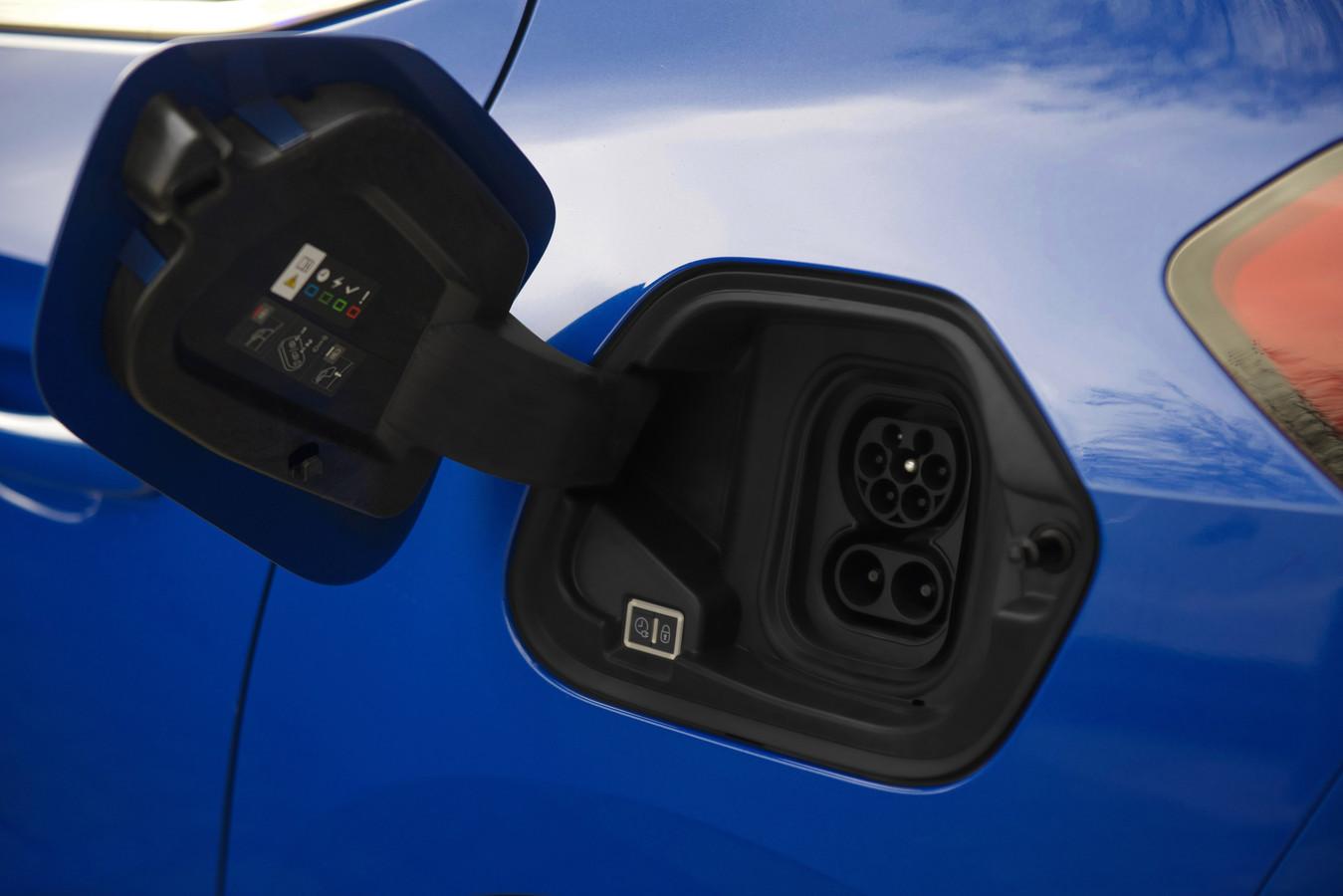 De Corsa-e kan snelladen met maximaal 100 kW