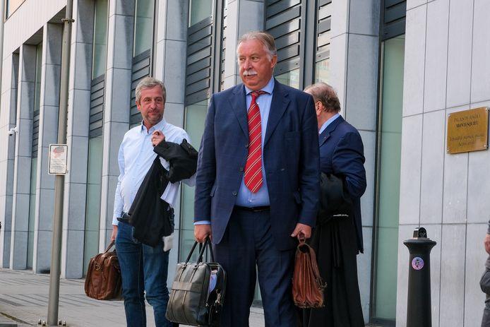 Spelersmakelaar Walter Mortelmans aan de burgerlijke rechtbank in Brussel
